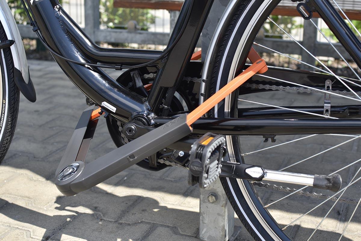 axa biztonságos bicikli zár