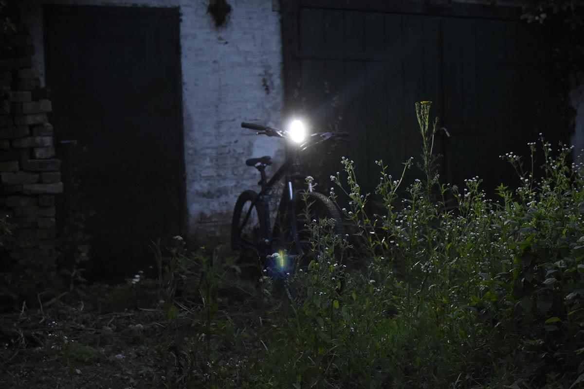 kerékpár első lámpa